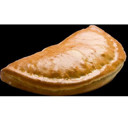 Кальцоне с курицей в сливочном соусе